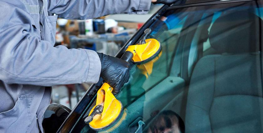 auto glass repair company